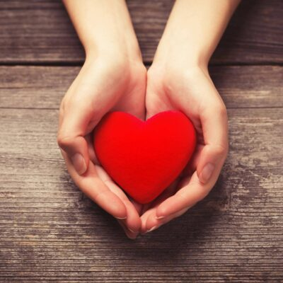 Geschenke von Herzen aus Zirbe